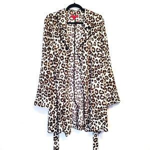Jennifer Lopez | Leopard Belted Lightweight Jacket